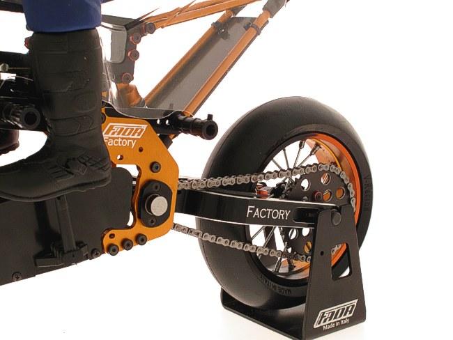moto rc elettrica nuova faor motard factory c101 1 4 km 0 modellismo il blog del modellismo. Black Bedroom Furniture Sets. Home Design Ideas